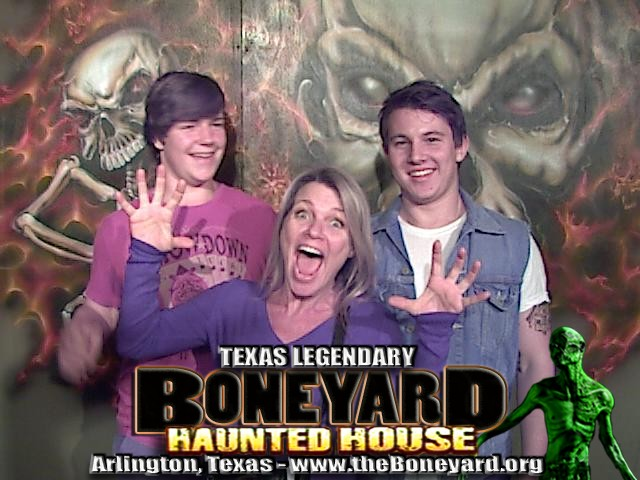 Boneyard Haunted House - Thursday October 16th 2014