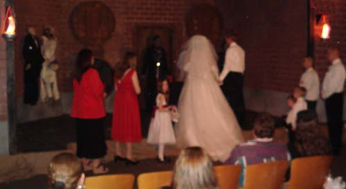 Halloween themed weddings inside haunted house